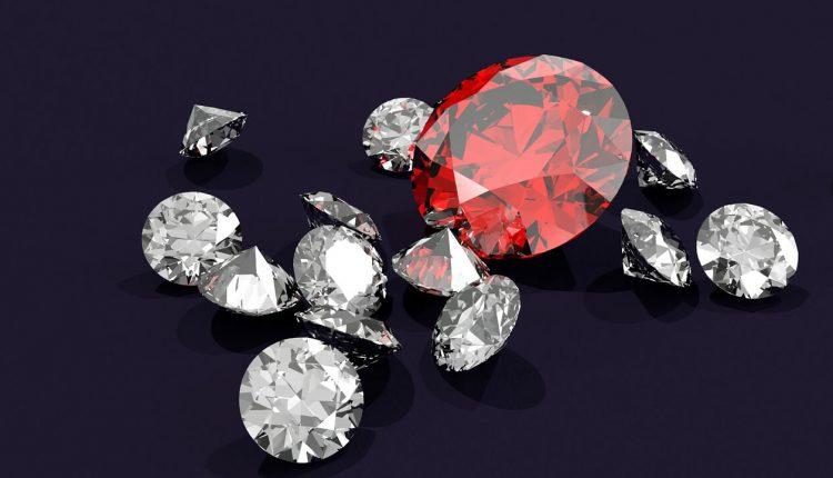 April-Birthstone-Diamond